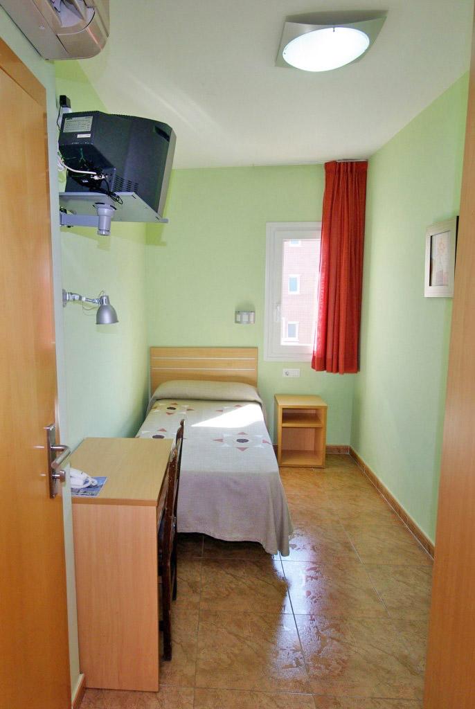 only room hotel fonda el camí cambrils
