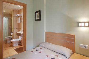 habitación individual hotel fonda el camí cambrils